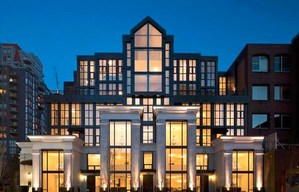 温哥华市商业中心豪华艺术新公寓